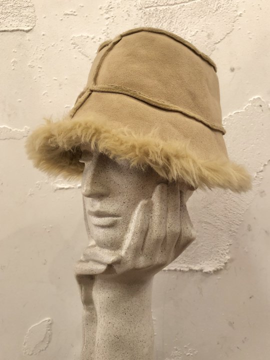Vintage Faux Mouton Hat Beige M<img class='new_mark_img2' src='https://img.shop-pro.jp/img/new/icons50.gif' style='border:none;display:inline;margin:0px;padding:0px;width:auto;' />