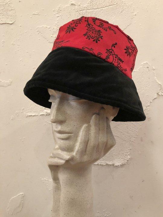 Vintage China Design Hat M