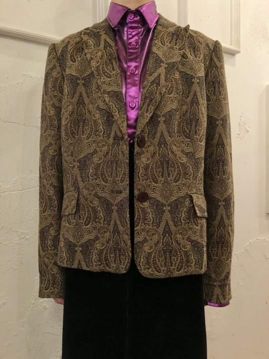 Vintage Jacquard Tailored Jacket M<img class='new_mark_img2' src='https://img.shop-pro.jp/img/new/icons50.gif' style='border:none;display:inline;margin:0px;padding:0px;width:auto;' />