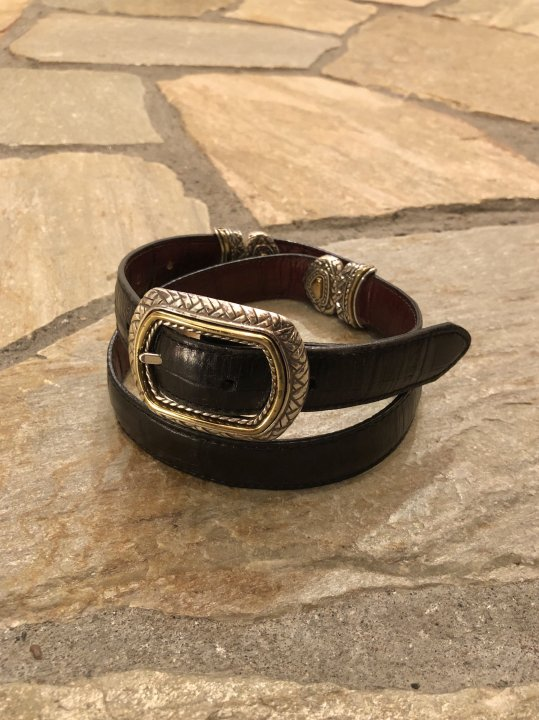 Vintage Reversible Design Leather Belt M-L<img class='new_mark_img2' src='https://img.shop-pro.jp/img/new/icons50.gif' style='border:none;display:inline;margin:0px;padding:0px;width:auto;' />