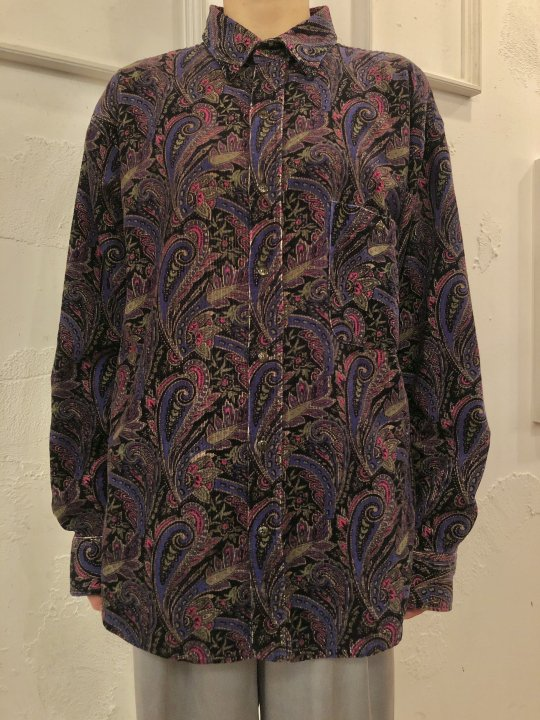Vintage Paisley Print Corduroy Shirt Black M<img class='new_mark_img2' src='https://img.shop-pro.jp/img/new/icons50.gif' style='border:none;display:inline;margin:0px;padding:0px;width:auto;' />