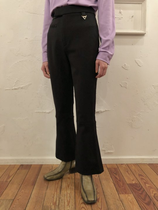 Vintage DKNY Flare Pants Black S/M<img class='new_mark_img2' src='https://img.shop-pro.jp/img/new/icons50.gif' style='border:none;display:inline;margin:0px;padding:0px;width:auto;' />