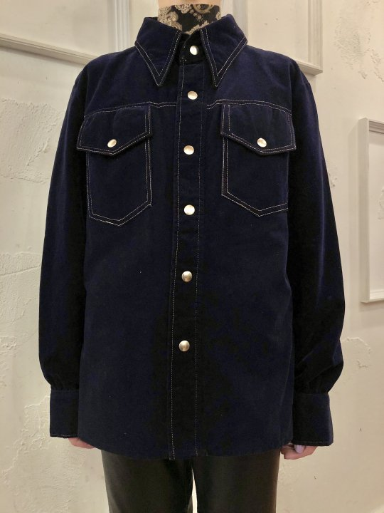 Vintage Navy Velour Shirt Jacket M<img class='new_mark_img2' src='https://img.shop-pro.jp/img/new/icons50.gif' style='border:none;display:inline;margin:0px;padding:0px;width:auto;' />