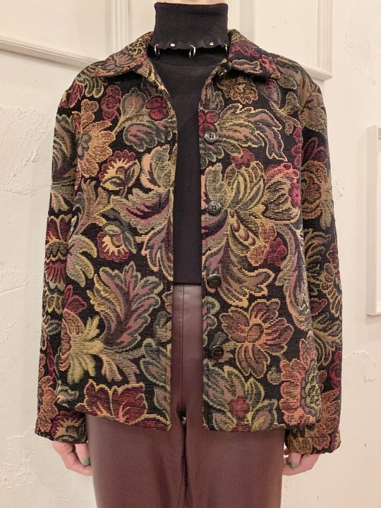 Vintage Floral Motif Gobelin Jacket Black S<img class='new_mark_img2' src='https://img.shop-pro.jp/img/new/icons50.gif' style='border:none;display:inline;margin:0px;padding:0px;width:auto;' />