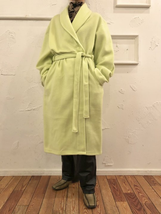 Vintage Lime Green Fleece Gown M<img class='new_mark_img2' src='https://img.shop-pro.jp/img/new/icons50.gif' style='border:none;display:inline;margin:0px;padding:0px;width:auto;' />