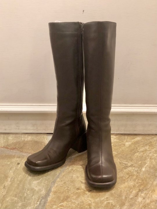 Vintage Dark Brown Leather Long Heel Boots 24.0cm<img class='new_mark_img2' src='https://img.shop-pro.jp/img/new/icons50.gif' style='border:none;display:inline;margin:0px;padding:0px;width:auto;' />