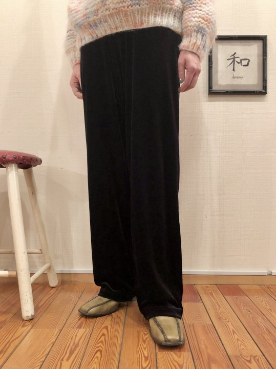 Vintage Black Velour Pants S<img class='new_mark_img2' src='https://img.shop-pro.jp/img/new/icons50.gif' style='border:none;display:inline;margin:0px;padding:0px;width:auto;' />