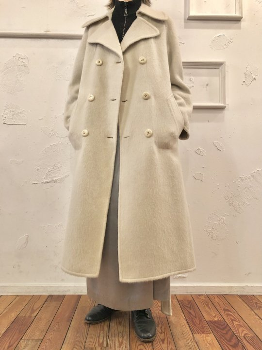 Vintage Ivory Mohair Double Breasted Long Coat M<img class='new_mark_img2' src='https://img.shop-pro.jp/img/new/icons50.gif' style='border:none;display:inline;margin:0px;padding:0px;width:auto;' />