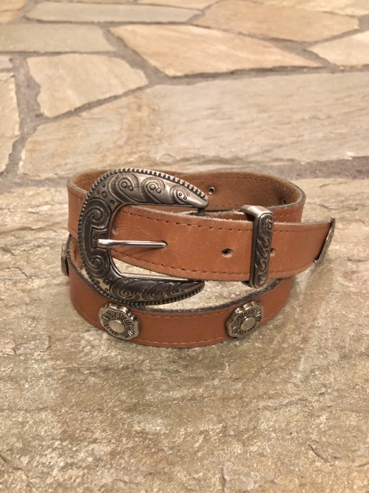 Vintage Flower Concho Design Light Brown Leather Belt