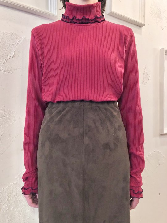 Vintage Wine Red Frill Design Turtleneck L<img class='new_mark_img2' src='https://img.shop-pro.jp/img/new/icons50.gif' style='border:none;display:inline;margin:0px;padding:0px;width:auto;' />