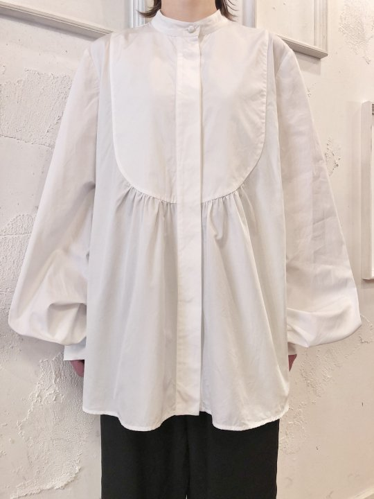 Vintage/DeadStock ICEBERG Balloon Sleeve White Shirt L<img class='new_mark_img2' src='https://img.shop-pro.jp/img/new/icons50.gif' style='border:none;display:inline;margin:0px;padding:0px;width:auto;' />
