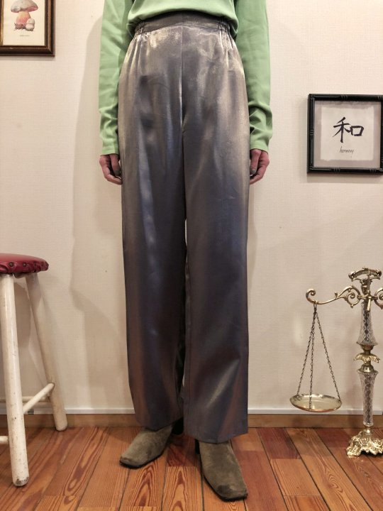 Vintage Metalic Silver Wide Slacks M<img class='new_mark_img2' src='https://img.shop-pro.jp/img/new/icons50.gif' style='border:none;display:inline;margin:0px;padding:0px;width:auto;' />