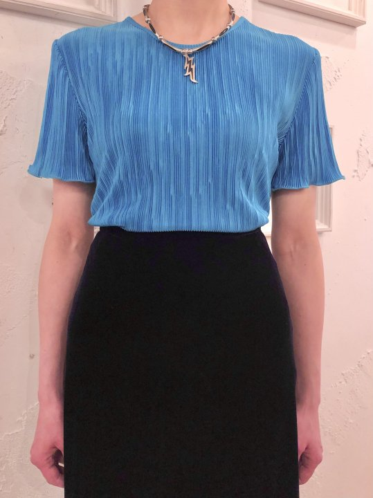 Vintage Emerald Blue S/S Pleated Top S<img class='new_mark_img2' src='https://img.shop-pro.jp/img/new/icons50.gif' style='border:none;display:inline;margin:0px;padding:0px;width:auto;' />
