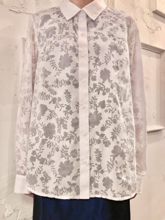 Vintage White Floral Motif Seethrough Shirt M <img class='new_mark_img2' src='https://img.shop-pro.jp/img/new/icons50.gif' style='border:none;display:inline;margin:0px;padding:0px;width:auto;' />