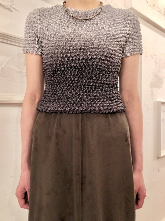Vintage Gray Gradation S/S Spiked Top