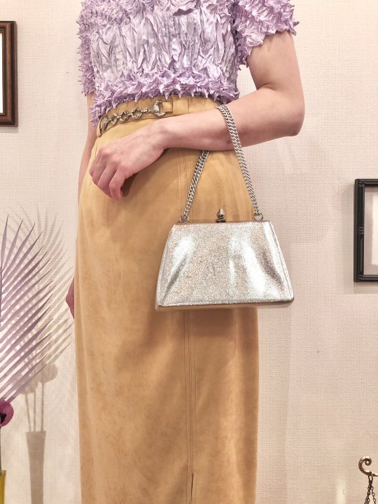 Vintage Metallic Silver 2 Way Hand Bag<img class='new_mark_img2' src='https://img.shop-pro.jp/img/new/icons50.gif' style='border:none;display:inline;margin:0px;padding:0px;width:auto;' />